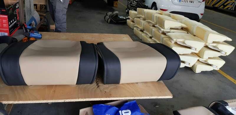 Imagen producto Tapicería de asientos techos caídos. puertas  2