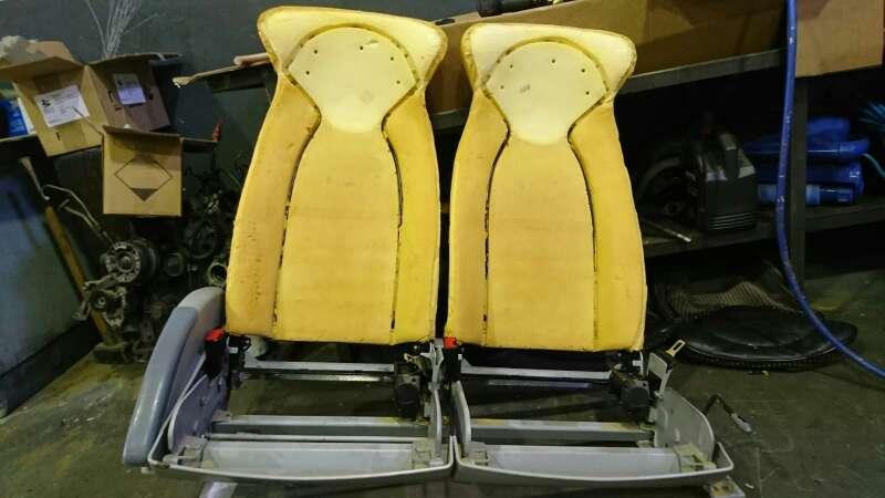 Imagen producto Tapicería de asientos techos caídos. puertas  7