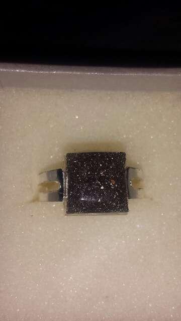 Imagen producto Anillo polvo de meteorito cuadrado  4