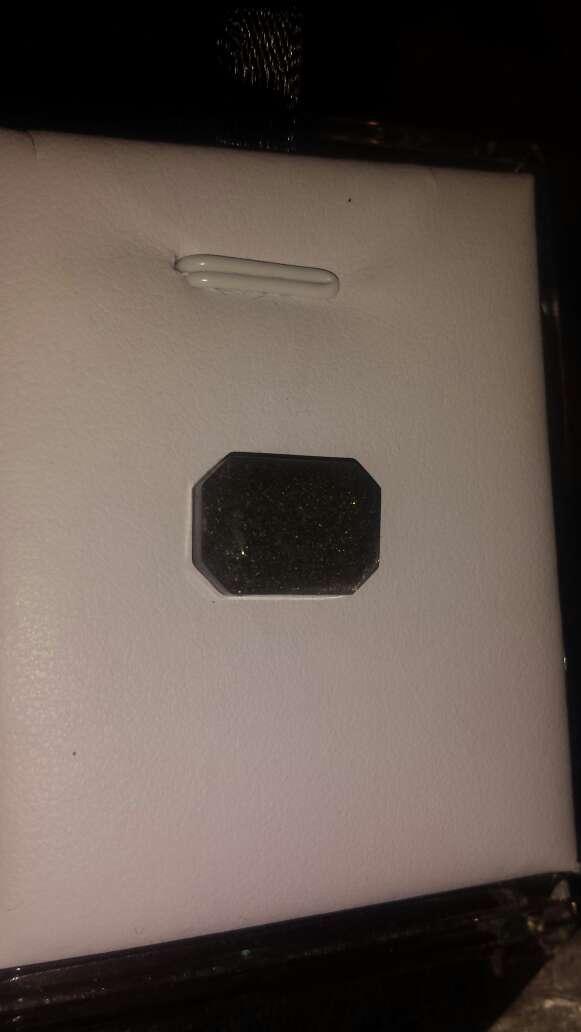 Imagen producto Polvo de meteorito en forma esmeralda 2