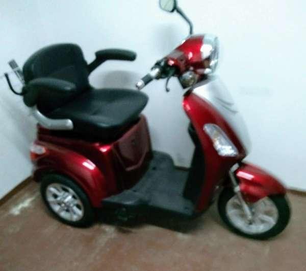 Imagen producto Scooter eléctrica de 3 ruedas 2
