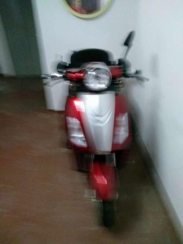 Imagen producto Scooter eléctrica de 3 ruedas 4