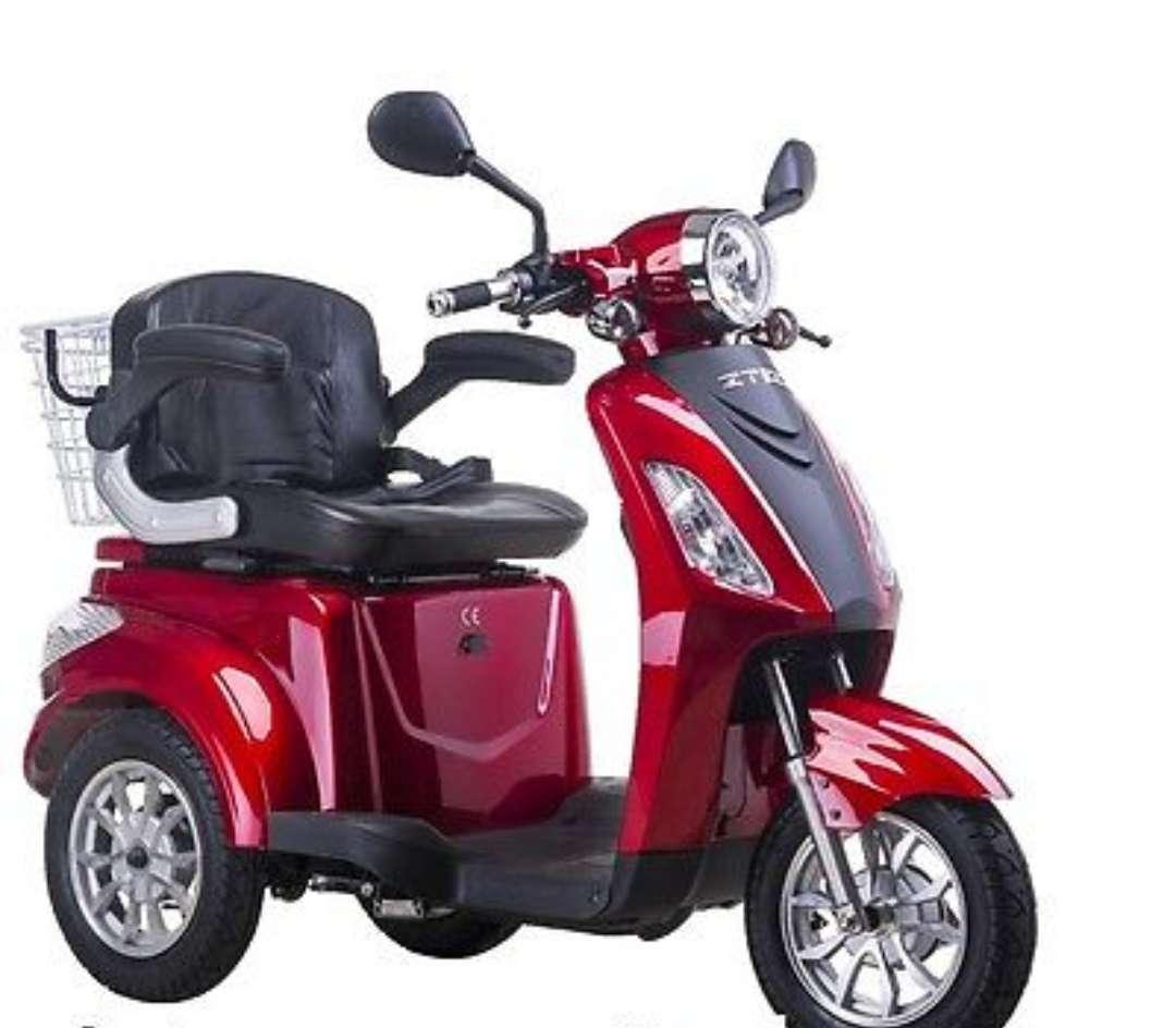 Imagen Scooter eléctrica de 3 ruedas