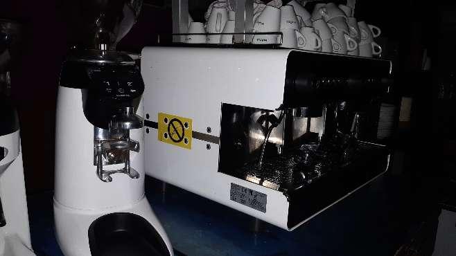 Imagen producto Cafetera de bar 2