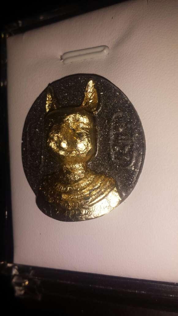 Imagen producto Medallon polvo de meteorito metálico  2