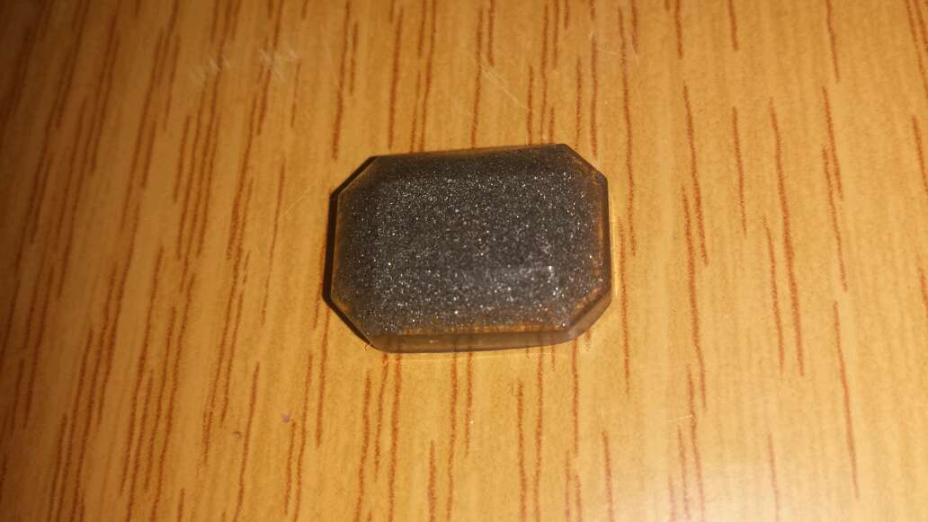 Imagen producto Meteorito facetado en forma esmeralda grande  2