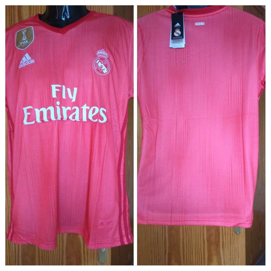 Imagen Camisetas temporada 2019 Real Madrid   coral