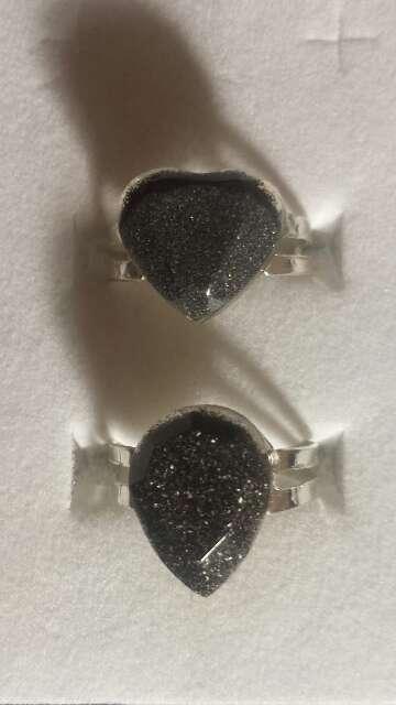 Imagen producto Pareja de anillos de polvo de meteorito  3