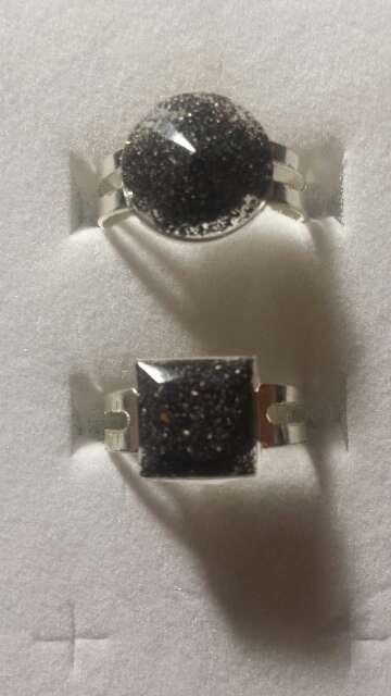 Imagen producto Pareja de anillos de polvo de meteorito  5