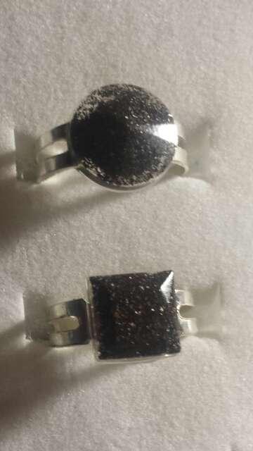 Imagen producto Pareja de anillos de polvo de meteorito  7