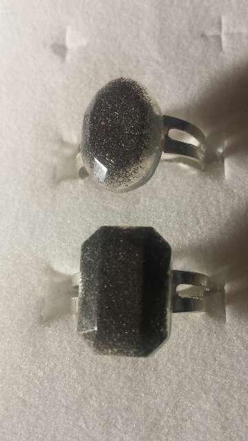 Imagen producto Pareja de anillos de polvo de meteorito  8