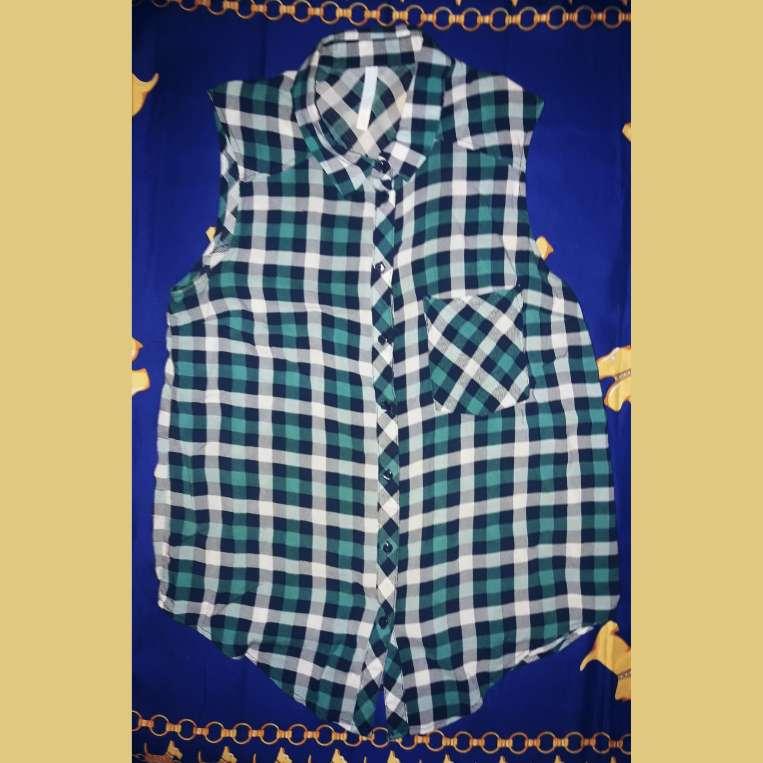 Imagen Camisa blusa T. XS/S (Bershka)