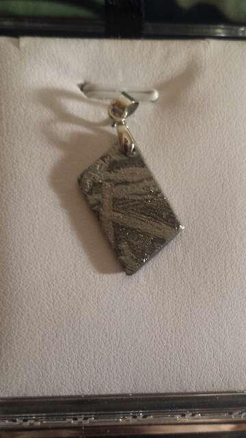 Imagen colgante meteorito 3.03