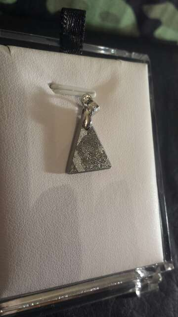 Imagen meteorito 1.96 colgante