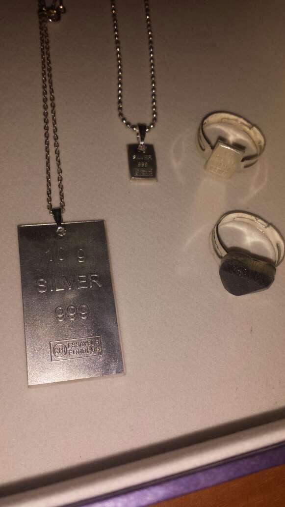 Imagen plata y meteorito joyería variada