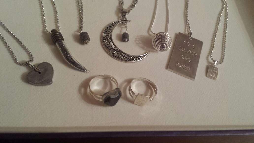 Imagen producto Anillos y colgantes meteorito y plata  8
