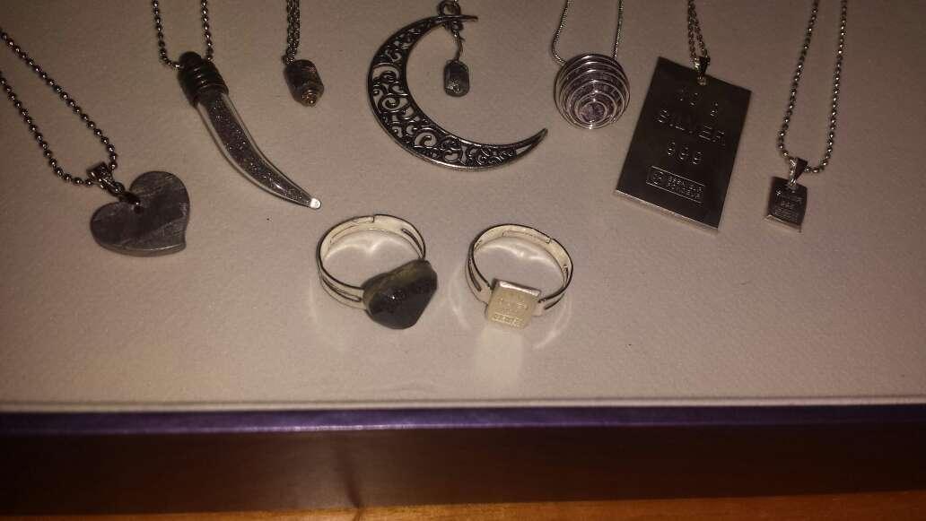 Imagen producto Anillos y colgantes meteorito y plata  9
