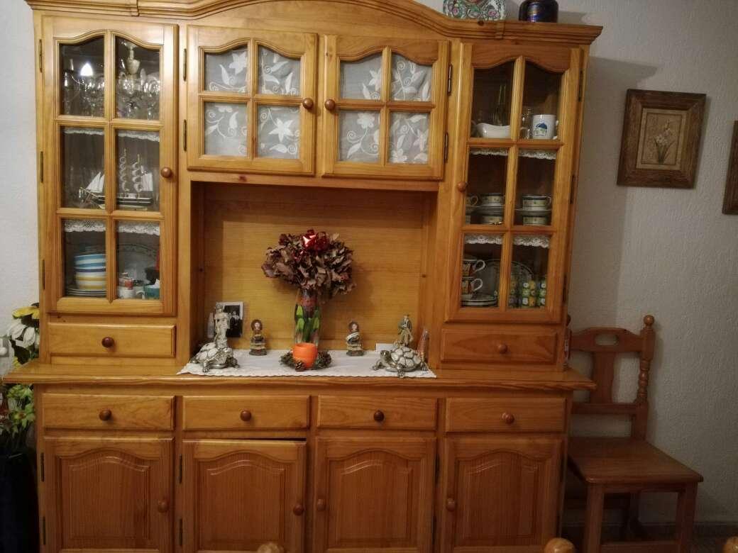 Imagen mueble de madera para salon