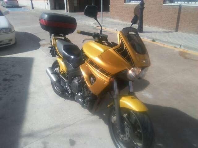 Imagen producto Moto Yamaha Tdm 850 cc 6