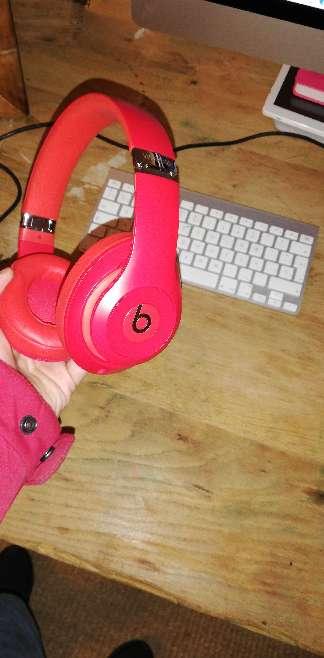 Imagen Beats studio wireless 3
