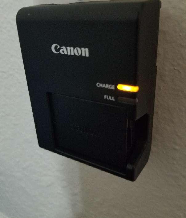 Imagen producto Camera canon rebel t6 (memoria incluida) 5