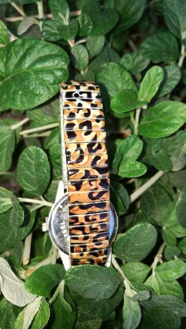 Imagen producto 47-Reloj Leopardo. 2