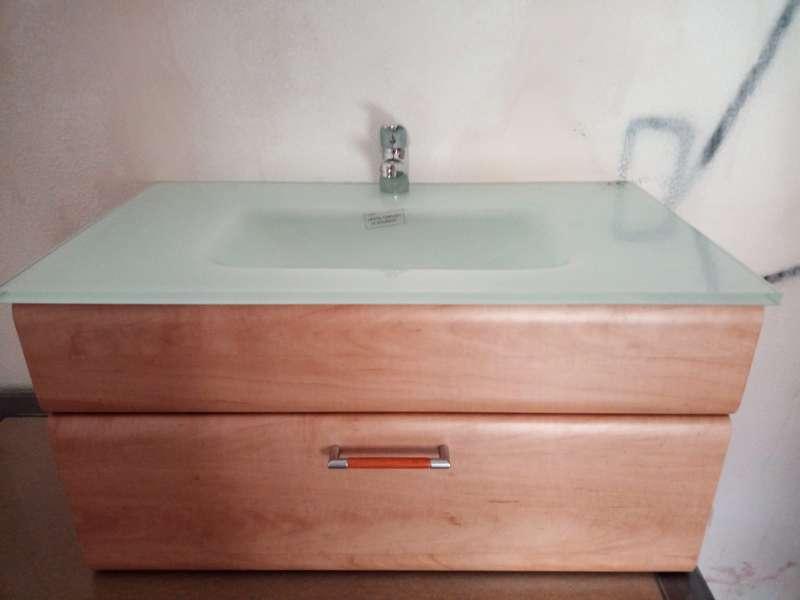 Imagen Mueble de baño con espejo