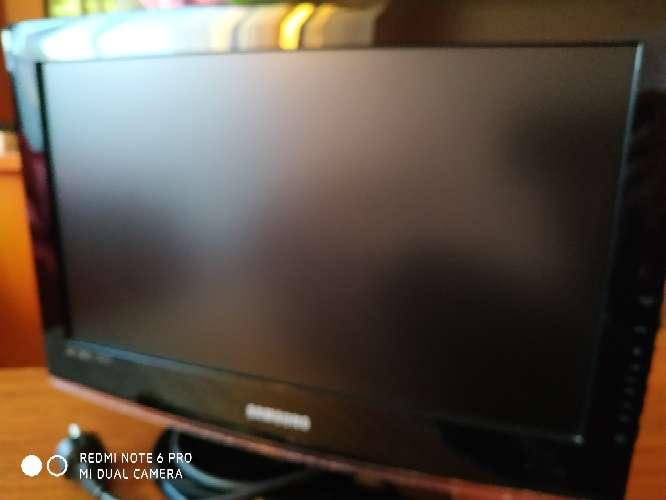 Imagen producto TV Samsung HDMI, TDT integrado. 20 pulgadas 1