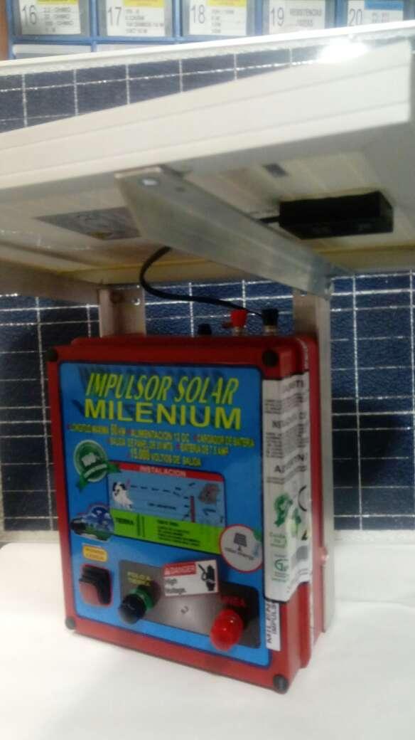 Imagen producto Impulsor solar todo en uno 3