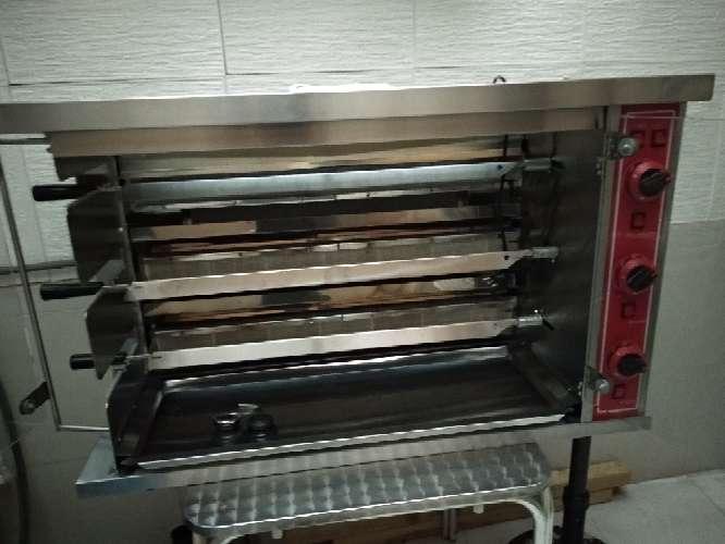 Imagen producto Asadora de pollos a gas natural 2