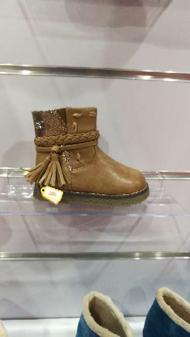 Imagen producto Botas, Zapatos NIÑO. 3