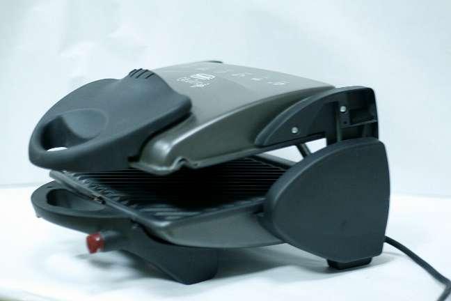 Imagen producto A estrenar grill delonghi cg134 1