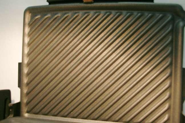 Imagen producto A estrenar grill delonghi cg134 2