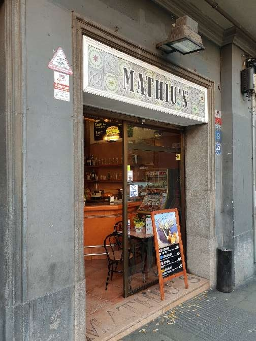 Imagen Bar traspaso 100 m2 Sants Barcelona