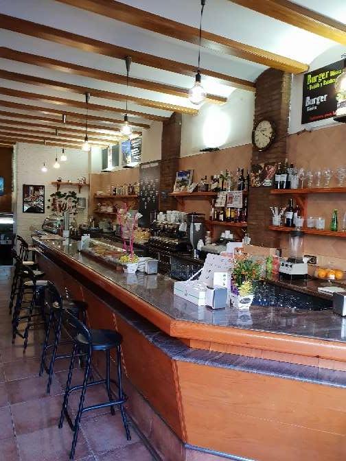 Imagen producto Bar traspaso 100 m2 Sants Barcelona 2