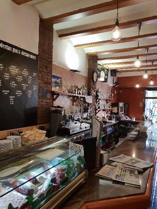Imagen producto Bar traspaso 100 m2 Sants Barcelona 3
