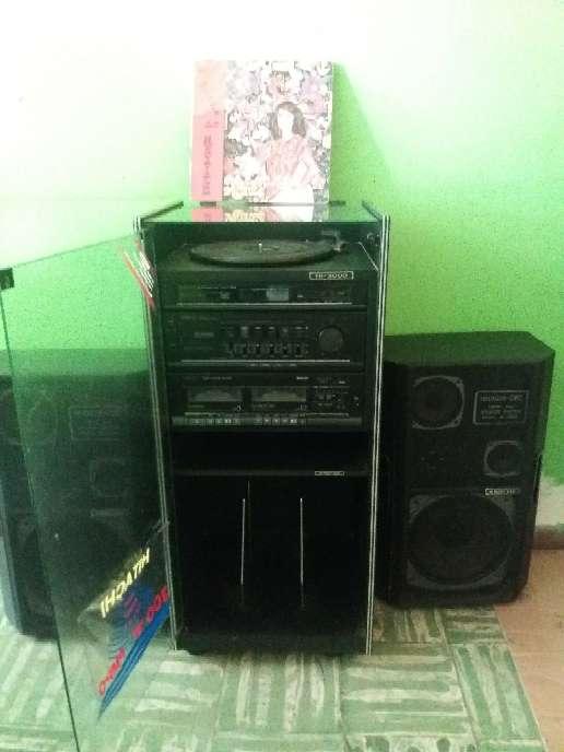 Imagen producto Equipo de sonido antiguo Hitachi  3