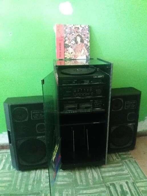 Imagen producto Equipo de sonido antiguo Hitachi  4