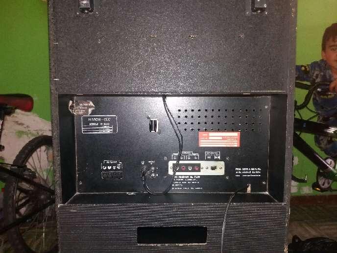 Imagen producto Equipo de sonido antiguo Hitachi  8