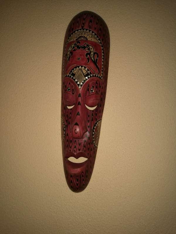 Imagen producto Mascaras y escudo y lanzas tribales 6