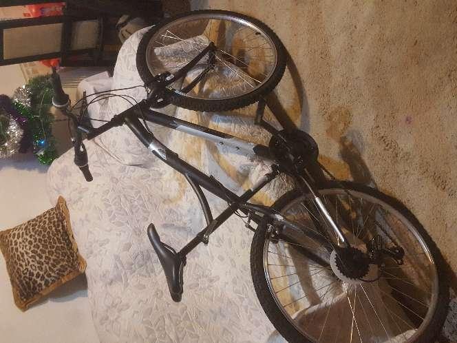 Imagen producto Bicicleta como nuevo uzado  2 veces  5