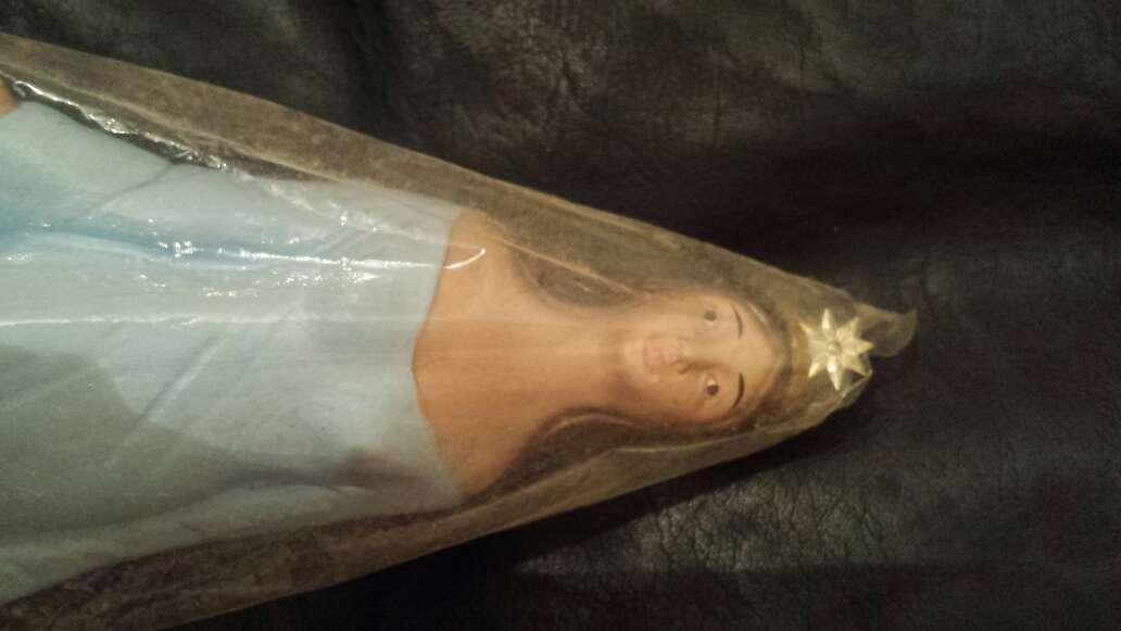 Imagen producto Virgen de azul  4