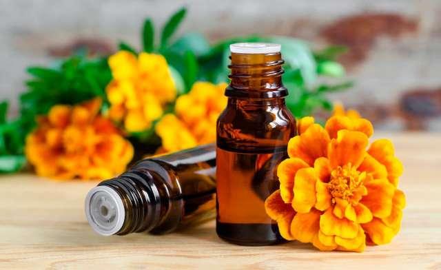 Imagen en venta aceites esenciales amplia variedad
