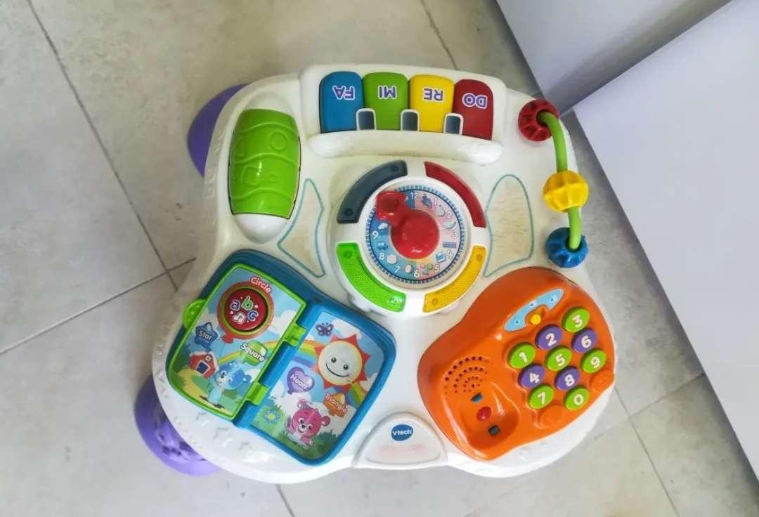 Imagen producto Mesa actividades para bebés 2