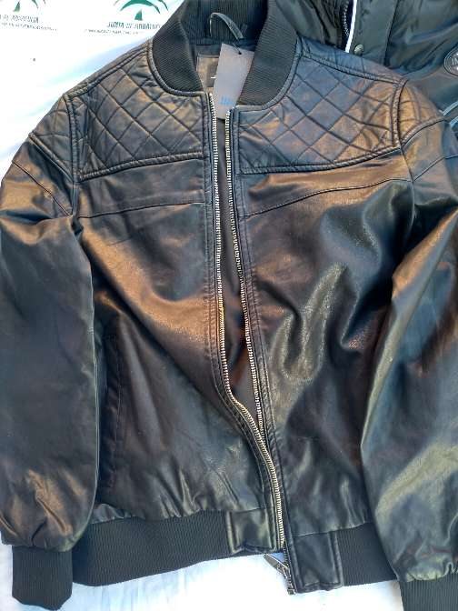 Imagen chaqueta de hombre talla M y L
