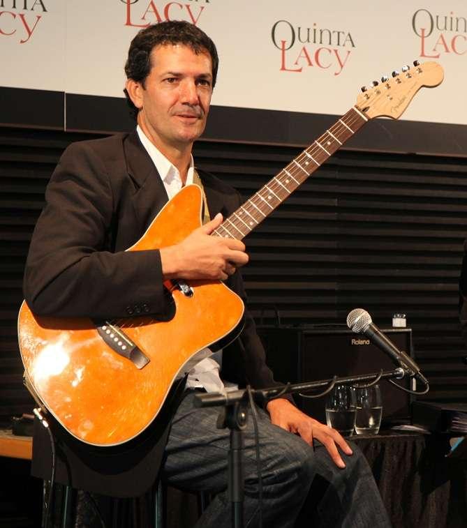 Imagen producto Guitarrista para bodas y eventos en Alicante 6