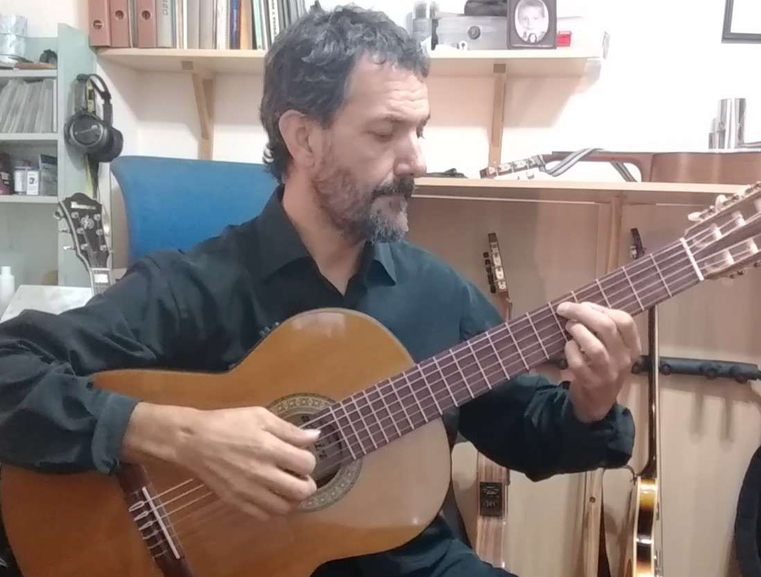 Imagen producto Clases de guitarra en Alicante 2
