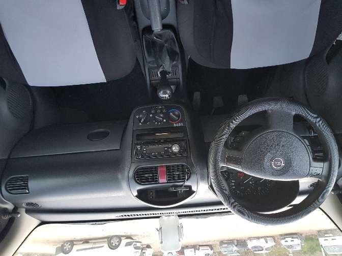 Imagen producto Opel Corsa 1.7 dti 2002 4
