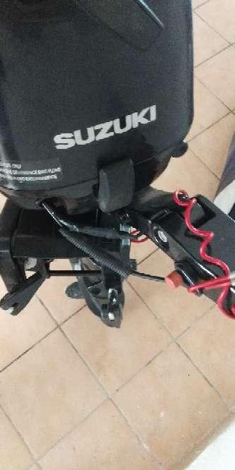 Imagen motor Suzuki