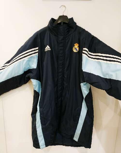 Imagen producto Abrigo Adidas Real Madrid sin estrenar. Talla 4XT. 2